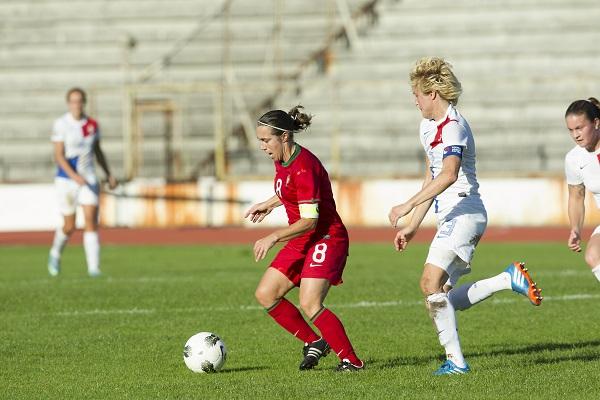 Jogo de Qualificação para o Campeonato do Mundo 2015 Feminino, Portugal-Holanda