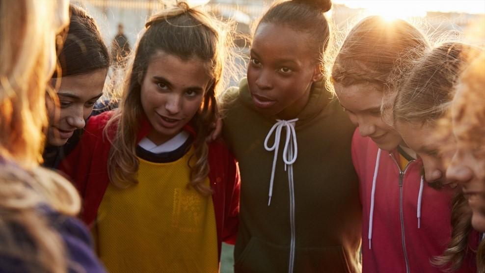 80 por cento das raparigas exibiram um comportamento mais confiante graças ao futebol ©UEFA.com